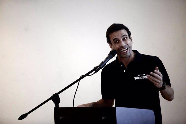 Venezuela.- Capriles apuesta por la vía del diálogo en Venezuela y se aleja de G