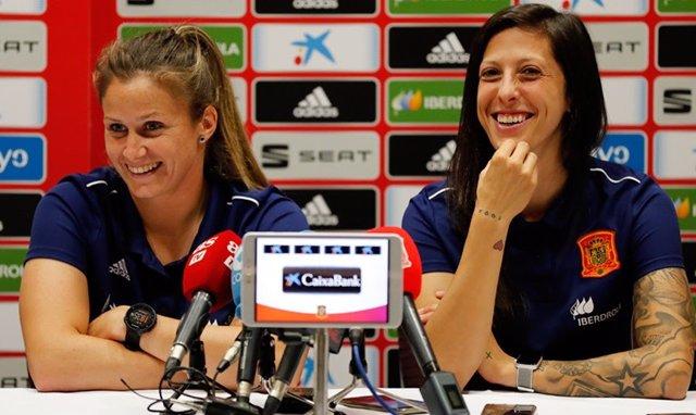 Fútbol/Champions.- Sandra Paños y Jennifer Hermoso, en el equipo ideal de la Lig