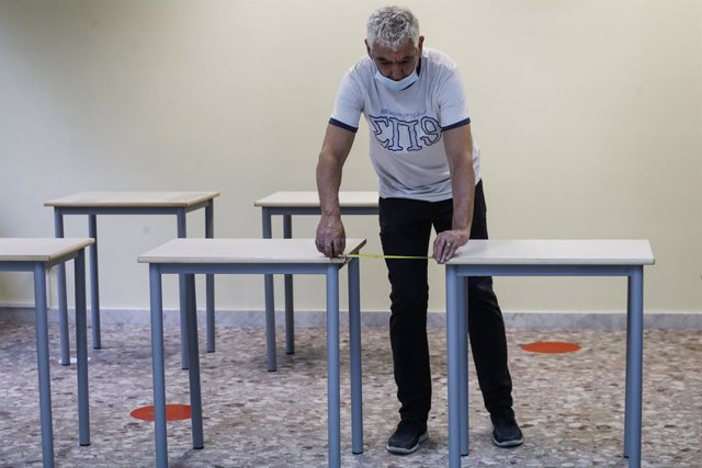 Preparations for schools reopening in Rome