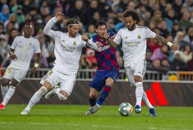 """Fútbol.- Sergio Ramos: """"Messi se ha ganado decidir su futuro, no sé si lo estará"""