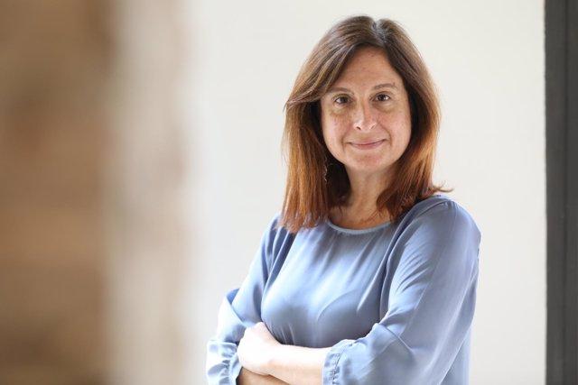 La periodista Sílvia Barroso, directora del diario digital ElMón.Cat
