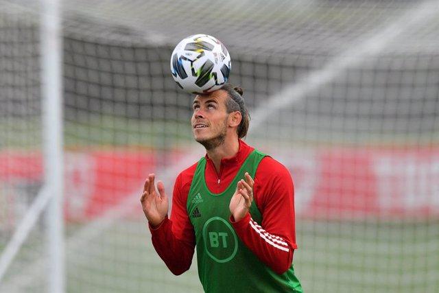 """Fútbol.- Bale: """"El Madrid lo está poniendo muy difícil, mi futuro está en sus ma"""
