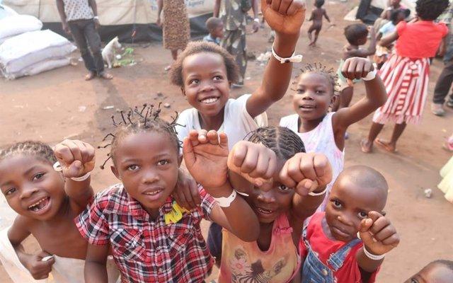 """Coronavirus.- ACNUR alerta de que la situación escolar de los refugiados será """"c"""