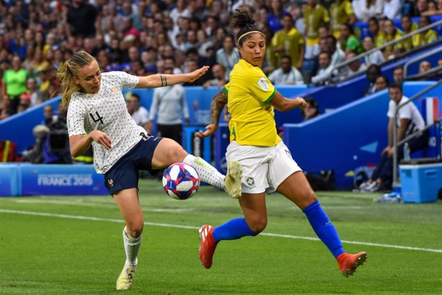 Fútbol.- La Confederación Brasileña de Fútbol iguala sus premios monetarios para