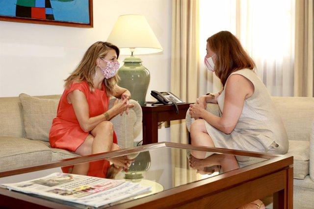 La ministra de Trabajo y Economía Social, Yolanda Díaz, y la presidenta del Govern, Francina Armengol, reunidas en Palma este verano.