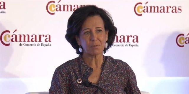 """Ana Botín, presidenta del Santander, en el Pleno Extraordinario """"Recuperación y reconstrucción de la economía española: desafíos y prioridades"""" organizado por la Cámara de Comercio de España."""