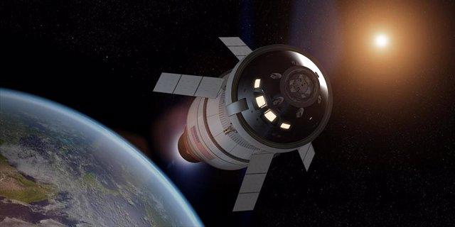 Ilustración de Orión realizando una quemadura por inyección translunar.