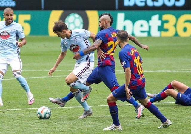 Fútbol.- Denis Suárez completa el entrenamiento con el grupo y estará para el in