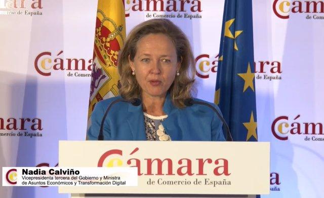 La vicepresidenta tercera y ministra de Asuntos Económicos, Nadia Calviño, en el pleno extraordinario 'Recuperación y reconstrucción de la economía española: desafíos y prioridades' organizado por la Cámara de Comercio de España.