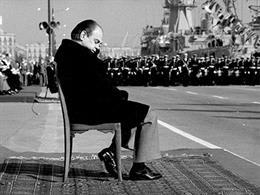 El Palau Robert recuerda al fotógrafo Carlos Bosch con una exposición sobre la T