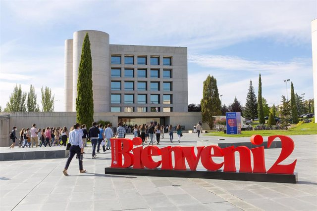 Comienza El Curso En La Universidad De Navarra