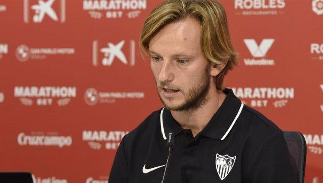 """Fútbol.- Rakitic: """"Vengo a dar el siguiente paso con el Sevilla"""""""