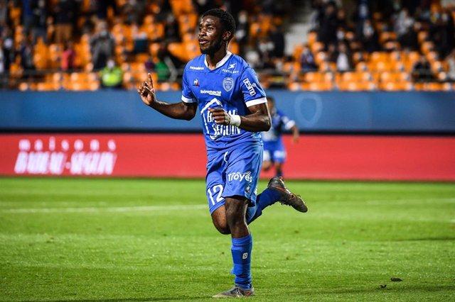 Fútbol.- City Football Group, dueño del Manchester City, compra el Troyes francé