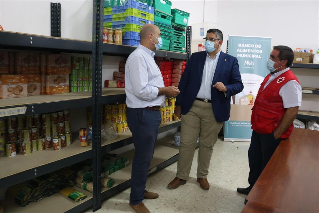 Mijas continúa con el servicio del Banco de Alimentos Municipal, puesto en marcha por la pandemia del COVID 3