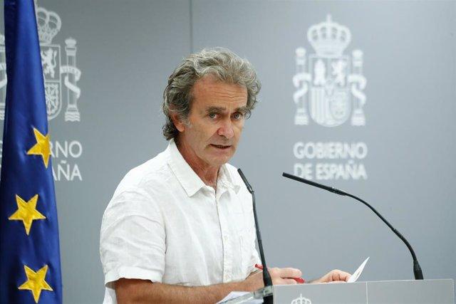 El director del Centro de Coordinación de Alertas y Emergencias Sanitarias, Fernando Simón, durante su intervención en rueda de prensa de la evolución de la COVID-19 convocado en el Ministerio de Sanidad. En Madrid, (España), a 27 de agosto de 2020.