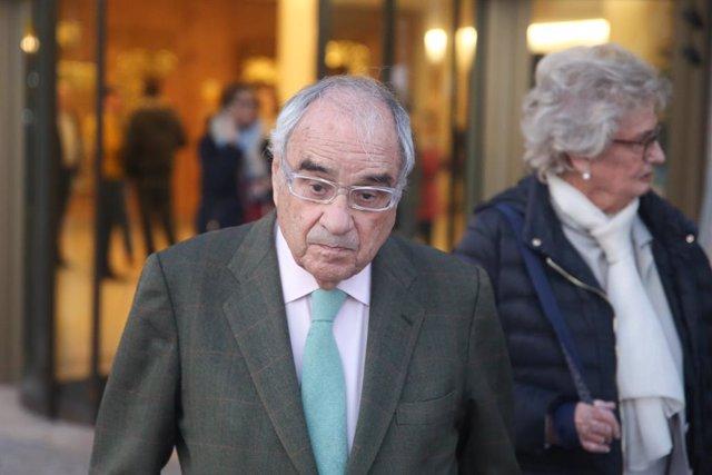 Martín Villa defiende su papel en la Transición ante la juez Servini, que le imp