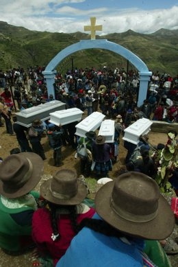 Víctimes de la massacre de Lucanamarca, al sud del Perú, en mans del grup terrorista Sendero Luminoso.