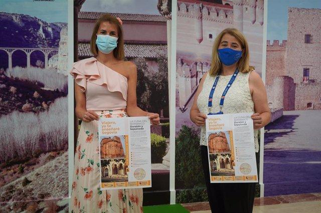 La diputada de Prodestur, Magdalena Rodrgígez, junto a la guía de turismo, Eva Torre.