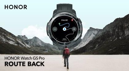 Honor Watch GS Pro ayuda a volver al inicio de una ruta de senderismo sin conexión en el móvil