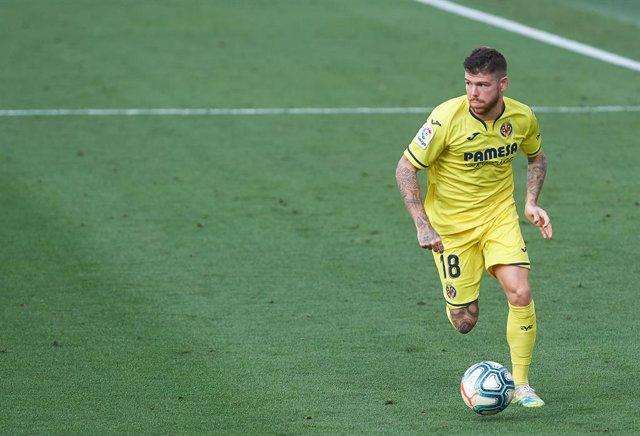 Fútbol.- Alberto Moreno sufre una lesión de ligamento cruzado anterior y podría