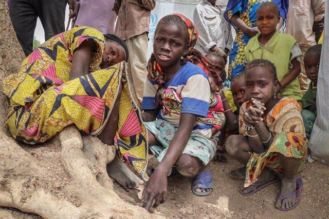 Camerún.- Los desplazados por la violencia en el norte de Camerún, en el punto d