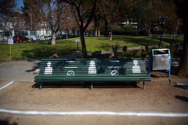 Coronavirus.- Chile se acerca de nuevo a los 2.000 contagios de coronavirus en 2