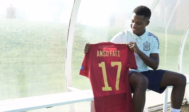 """Fútbol/Selección.- Ansu Fati: """"Luis Enrique me dijo que disfrutara, que sólo se"""