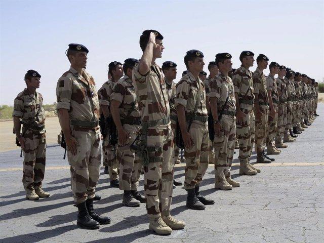 Malí.- Dos militares franceses muertos en un ataque con bomba en Malí