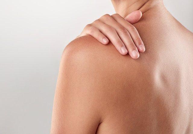 Espalda de mujer, piel.