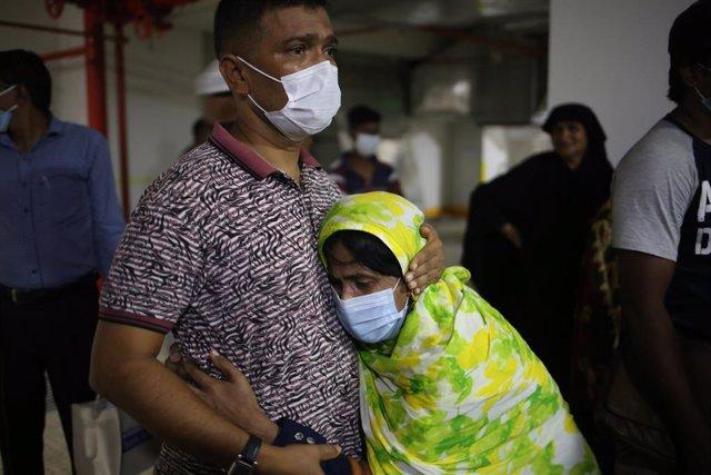 Bangladesh.- Aumentan a 24 los fallecidos por una explosión de gas en una mezqui