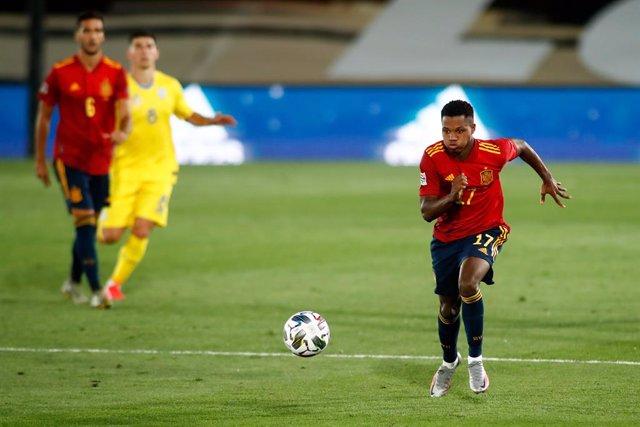 Fútbol/Selección.- Crónica del España - Ucrania: 4-0