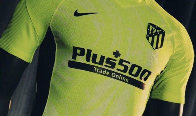 Fútbol.- El Atlético presenta su tercera equipación, de color neón e inspirada e