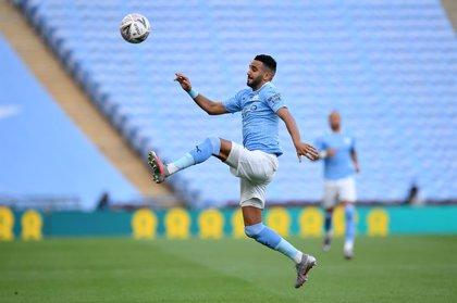 Mahrez y Laporte (Manchester City) dan positivo en coronavirus
