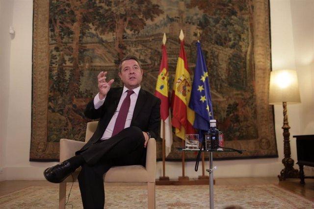 El presidente de Castilla-La Mancha, Emiliano García-Page, en entrevista con Europa Press