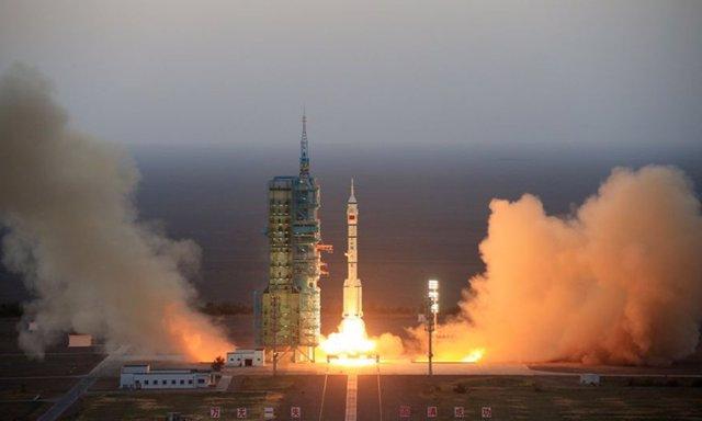 Despegue de un cohete Larhga Marcha 2F tripulado en 2016