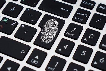 """La regulación de las tecnologías biométricas puede permitir un """"control democrático"""", según expertos en IA"""