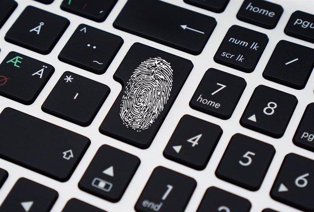 """La regulación de las tecnologías biométricas puede permitir un """"control democrát"""