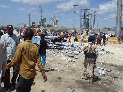 Somalia.- Muere un civil en un atentado contra un convoy de la AMISOM en la capital de Somalia