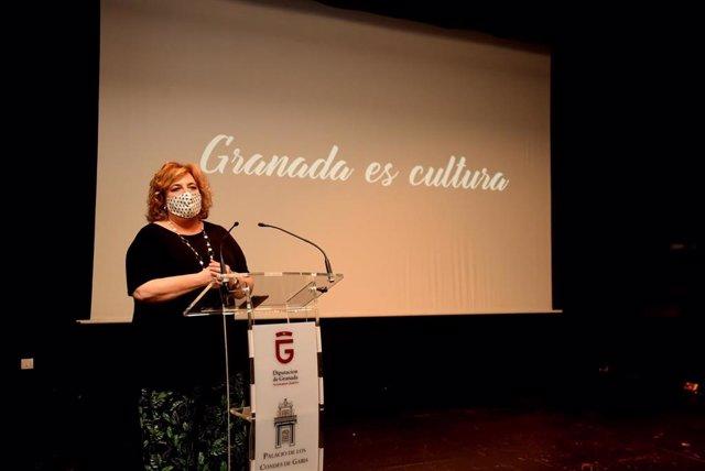 La diputada de Cultura y Memoria Histórica y Democrática, Fátima Gómez, presenta la campaña en rueda de prensa