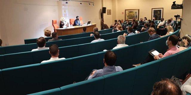 Jornada informativa sobre la gestión de los ERTE, en Palma, en la sede del Colegio de Graduados Sociales.