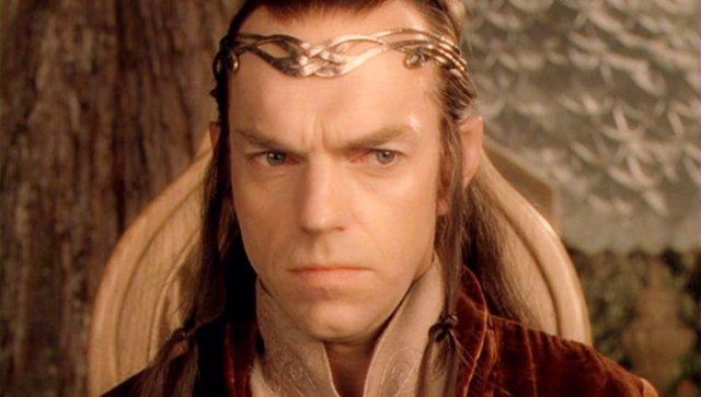 Hugo Weaving es Elrond en la trilogía de El señor de los anillos