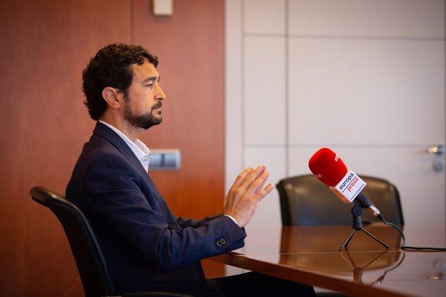 El conseller de Territori i Sostenibilitat de la Generalitat, Damià Calvet, durant una entrevista d'Europa Press. Barcelona, Catalunya (Espanya), 29 de juliol del 2020.