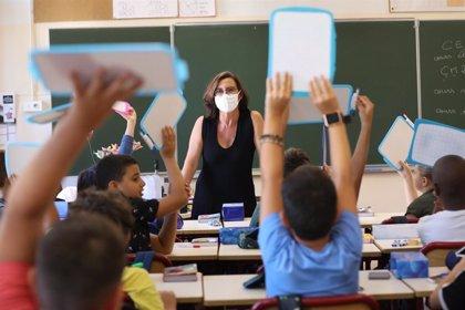 Coronavirus.- Francia registra 4.200 nuevos contagios, una importante reducción con respecto a los últimos días