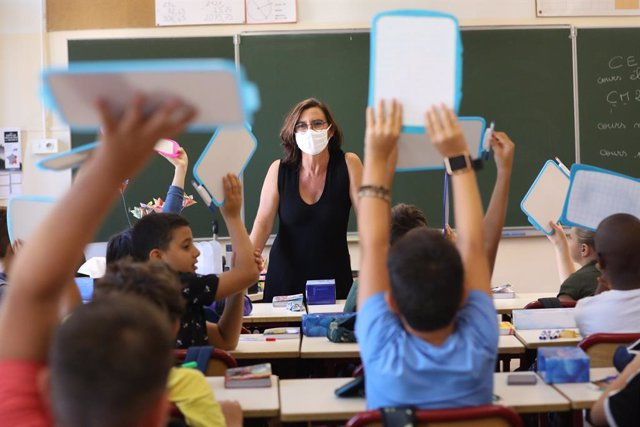 Coronavirus.- Francia registra 4.200 nuevos contagios, una importante reducción
