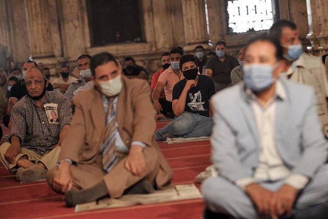 Friday prayers in Cairo