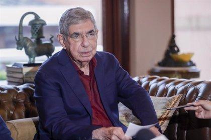 Costa Rica.- Retiran las denuncias de abusos sexuales contra el expresidente costarricense Óscar Arias