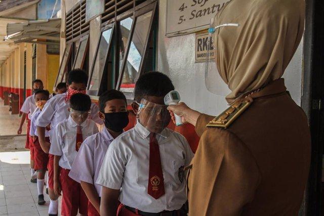 Coronavirus.- Indonesia rebasa los 200.000 casos de coronavirus