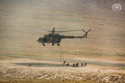 Afganistán.- Unos 60 milicianos talibán lanzan una ofensiva en el noreste de Afganistán y secuestran a diez personas