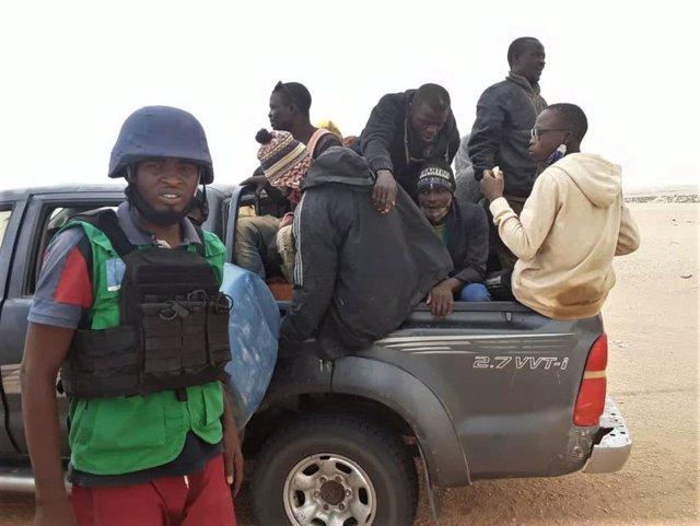 Migrantes localizados en la región nigerina de Agadez