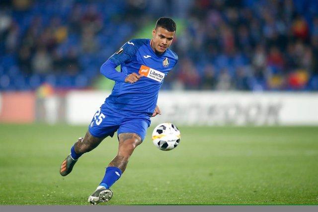 Fútbol.- El centrocampista brasileño Kenedy jugará cedido en el Granada la próxi